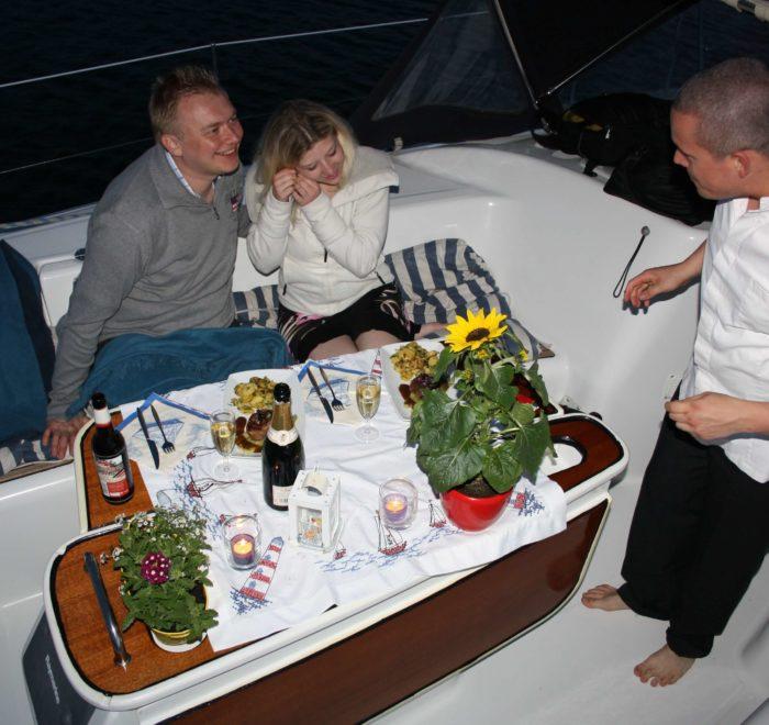 Abendessen Stralsund. Besonderes Erlebnis Stralsund. Segeltörn und Essen