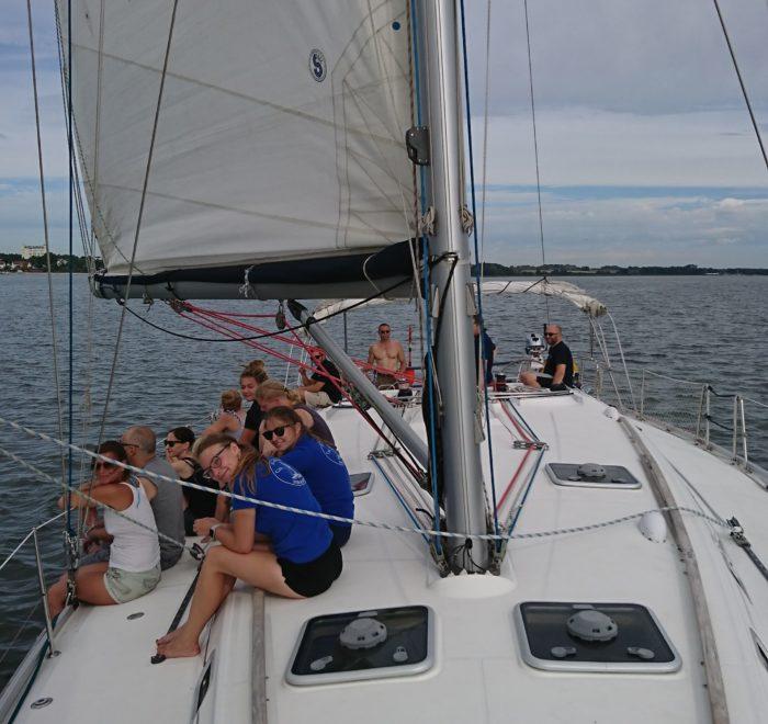 Regatta Segeln Stralsund. Mitsegeln, Segeltörn Stralsund Hiddensee Rügen
